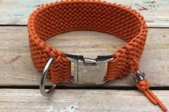 Hundehalsband_wasserfest_Paracord_Orange_Klickverschluss_3
