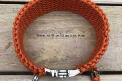 Hundehalsband_wasserfest_Paracord_Orange_Klickverschluss_4