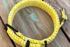 Paracord-Hundehalsband-3-cm-breit-Gelb-Weiß-und-stufenlos-verstellbar_5